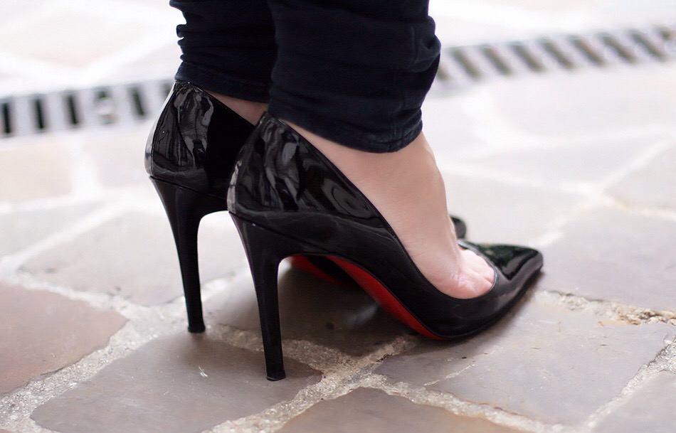 louboutin pigalle 10